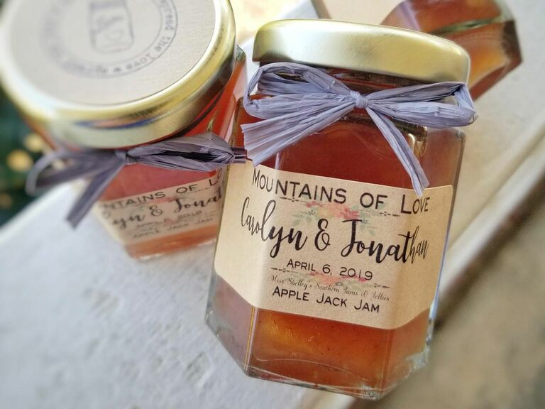 fresh jars of jam wedding favor