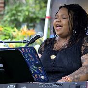 Milwaukee, WI Singing Pianist | Keshena Armon Music