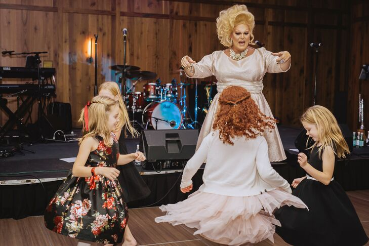 Reception Entertainment with Dancing and Drag Queen