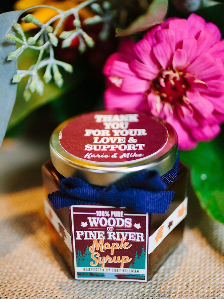 Rustic maple syrup as winter wedding favor