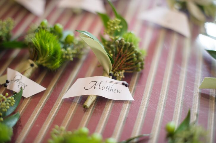 Simple Green Boutonnieres