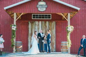 Outdoor Barn Ceremony at Sleepy Hollow Farm