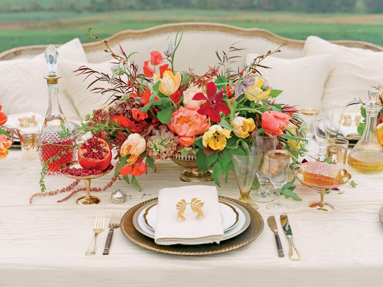 Organic fall reception centerpiece