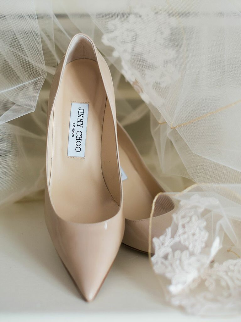 Nude wedding pumps for a classic wedding