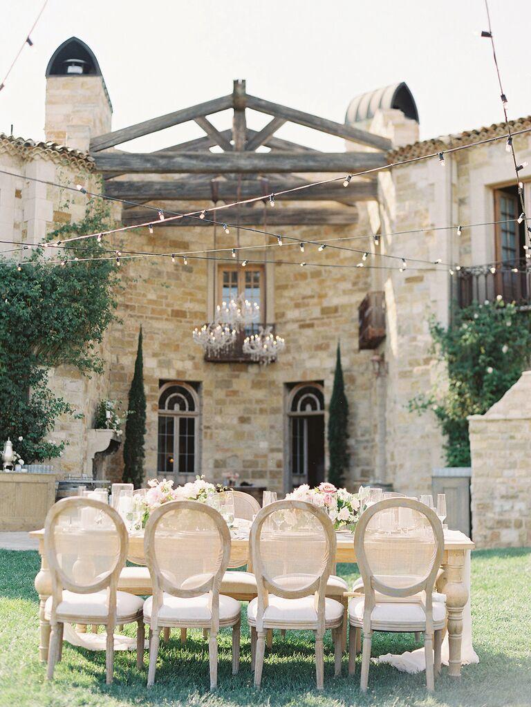 What Wedding Style Works Best at a Vineyard Wedding?