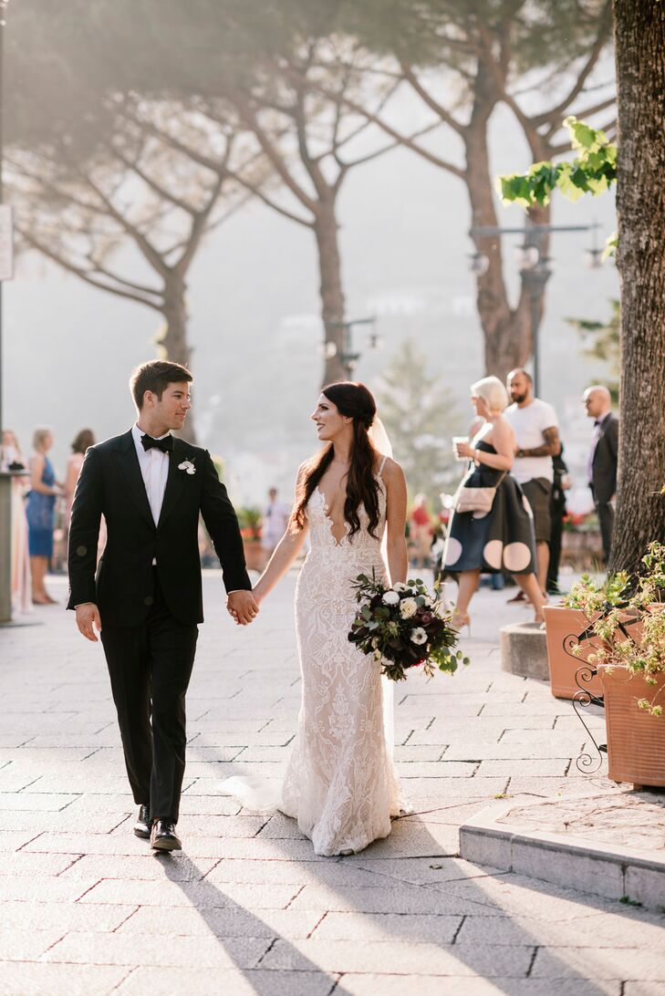Drawing inspiration from the Renaissance and their venue's stunning architecture, KateSbarra and Brian Dorgan embraced an Italian Gothic theme for th