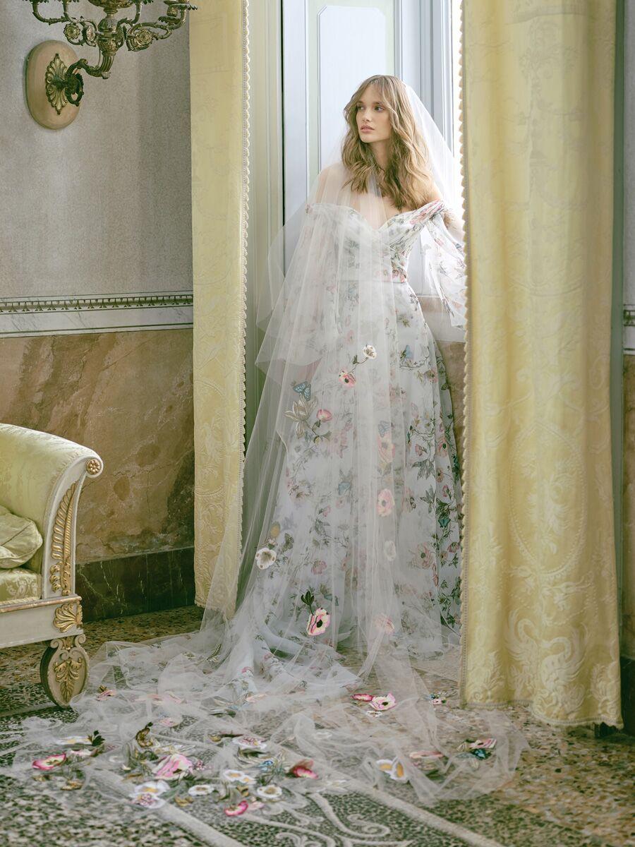 monique-lhuillier-wedding-dresses-fall-2020-florals