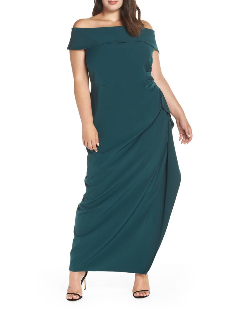 Green plus size evening gown for formal wedding
