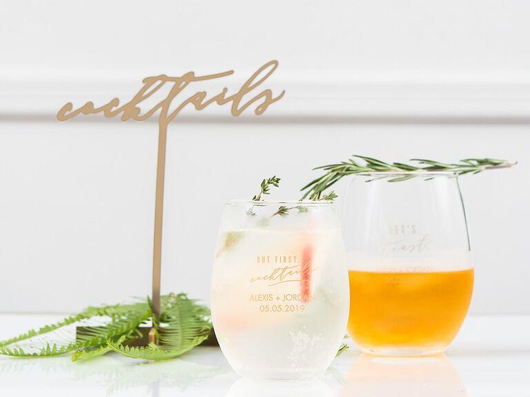 Elegant cocktails sign
