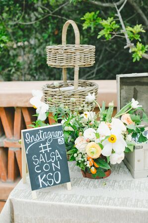 Garden-Fresh Centerpieces, Rustic Signs