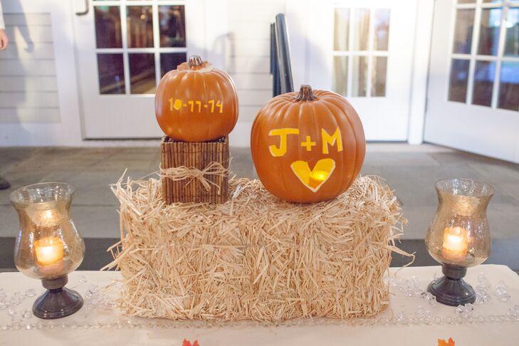 Carved Pumpkin and Haystack Decor