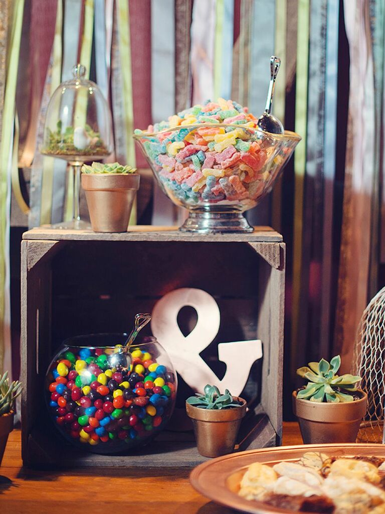 candy bar with ribbon backdrop