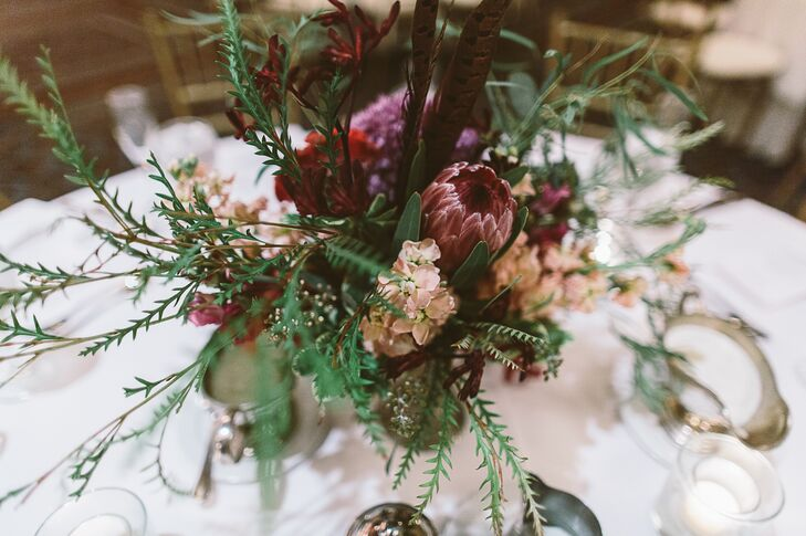 Loose Organic Centerpiece Arrangements