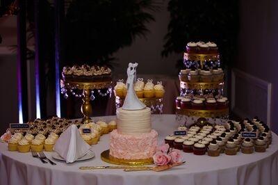 Mo's Cupcakery