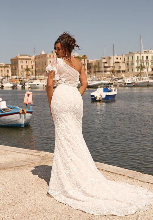 Madi Lane ML13990 | Miami Wedding Dress | The Knot