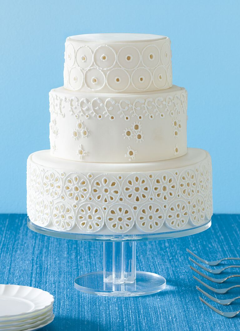 eyelet simple wedding cake
