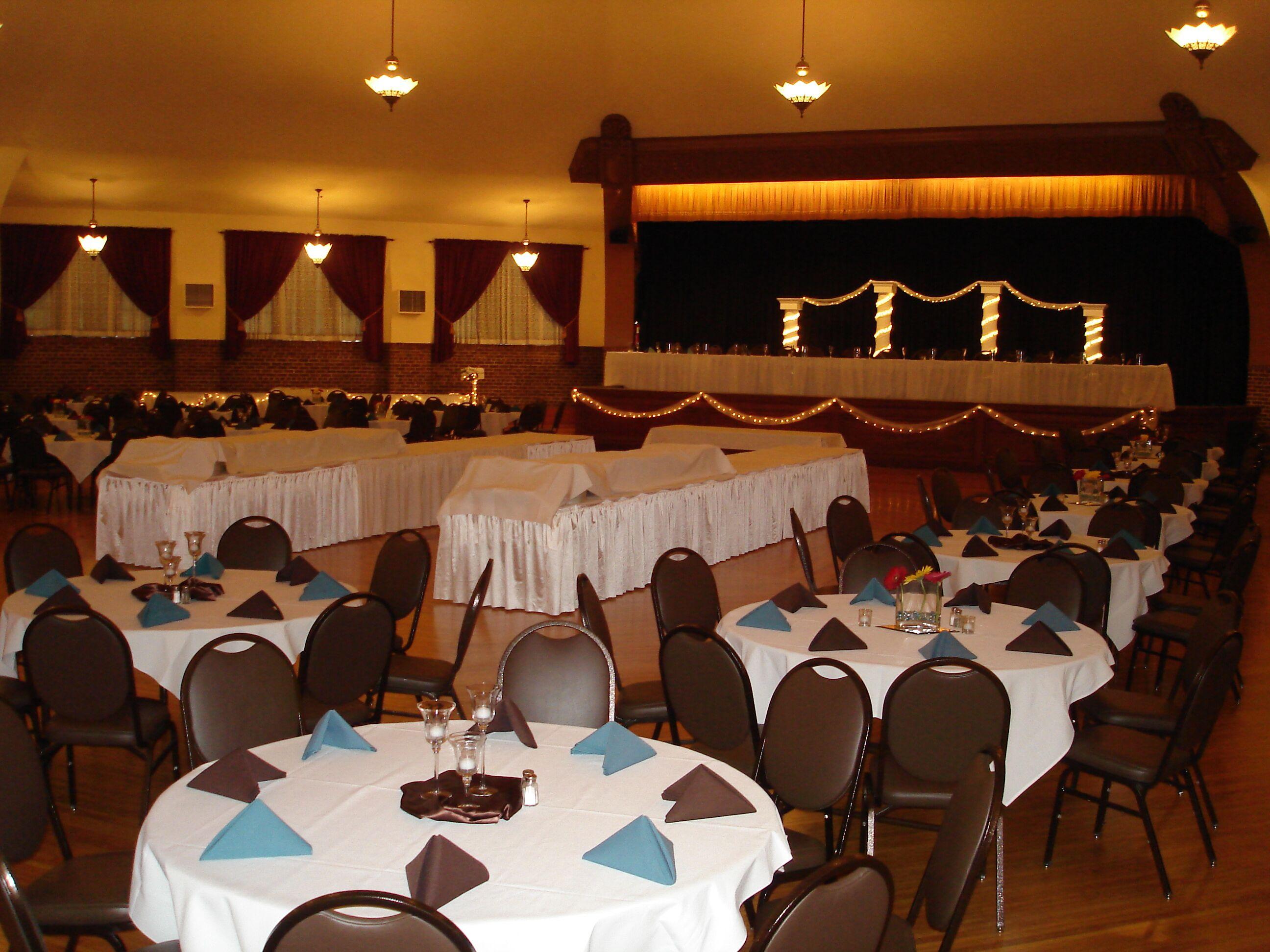 Chandelier ballroom unveil chandelier ballroom arubaitofo Gallery