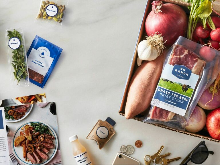 Blue Apron meal subscription service gift for wife