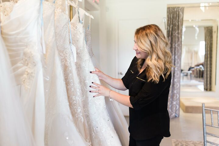 H noelle bridal beaumont tx for Wedding dresses beaumont tx