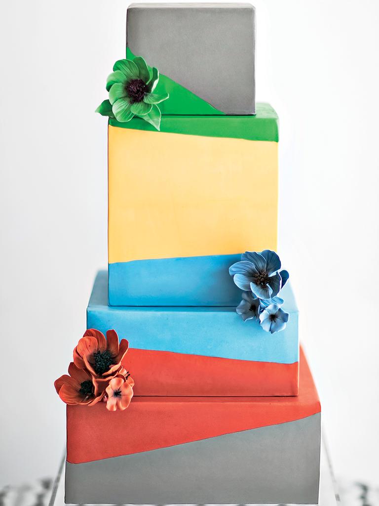Farina Baking Company cake modern wedding detail