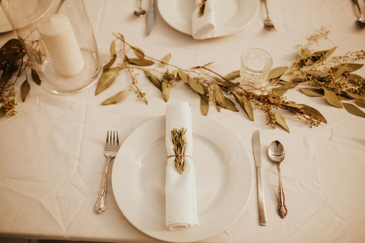 Bohemian Place Setting with Neutral Linens and Leaf Centerpieces