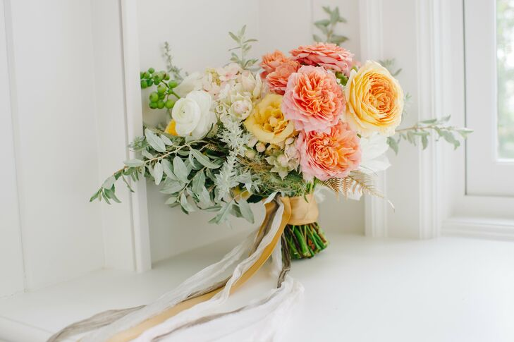 Bright Bouquet with Yellow and Pink Peonies