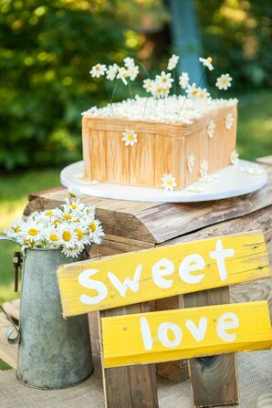 Rustic Wedding Cake with Yellow Signs