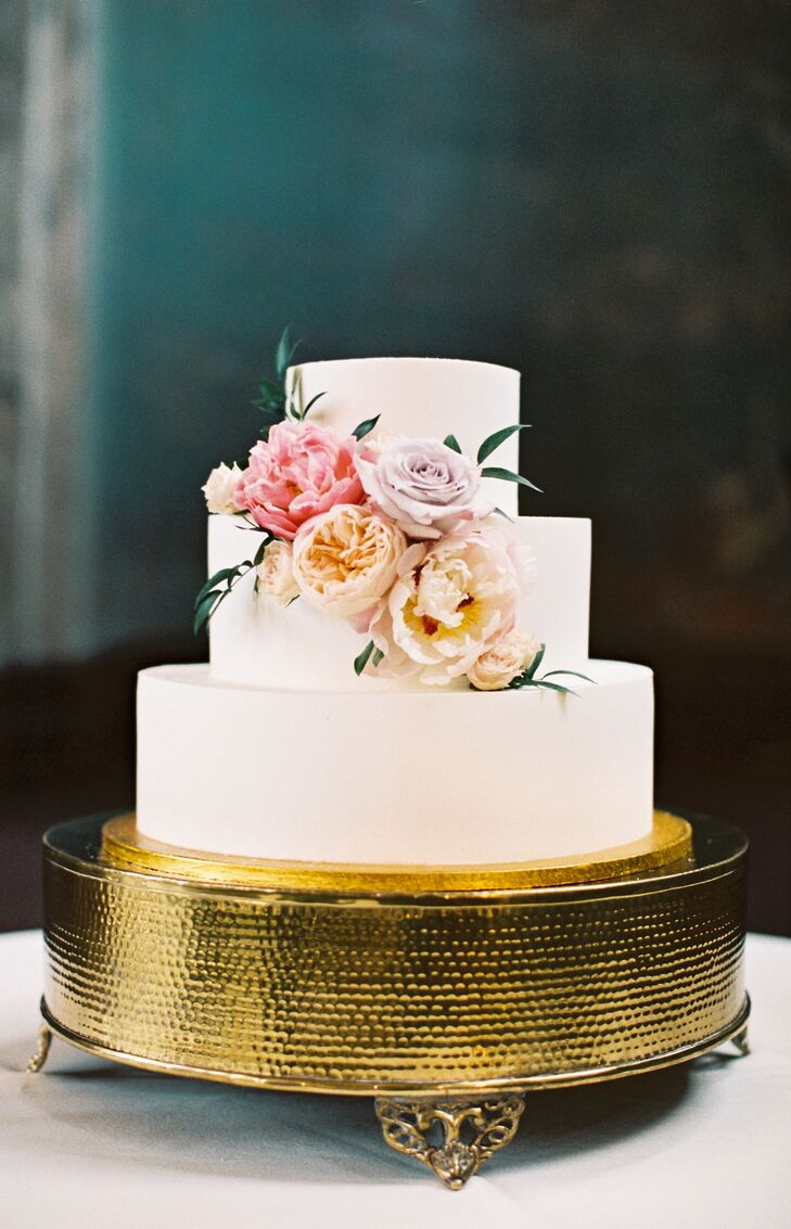 Simple Buttercream Cake with Roses on Glam Gold Stand