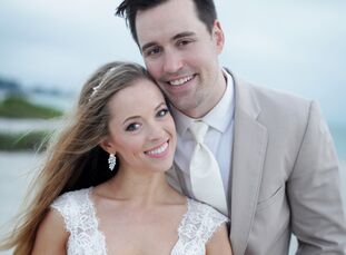 When Lauren Landgraf (27, a talent scout at MailChimp) got engaged to Brandon Coon (30, an information security advisor at Secureworks), she was serio