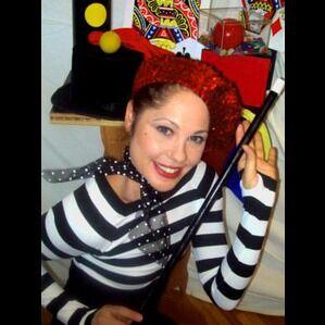 Garden City, NY Clown   Didi Maxx Magical Fun! - 50+ Bookings!