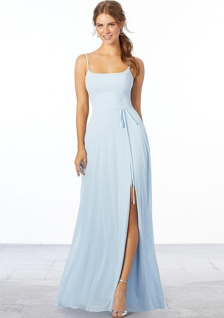 bridesmaid in blue dress with slit