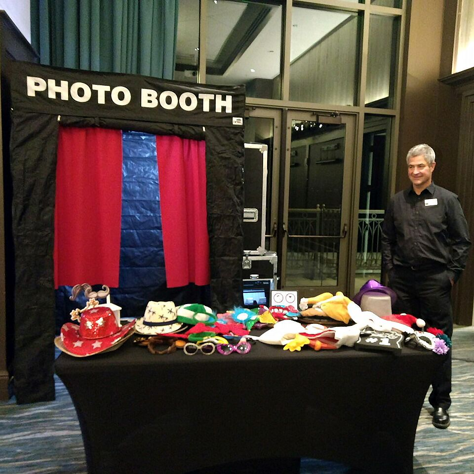 Photo Booth Rentals in Oshkosh, WI - The Knot
