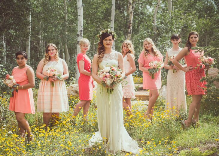 cb8d32c1f19 Juliette asked her bridesmaids to choose dresses in soft corals