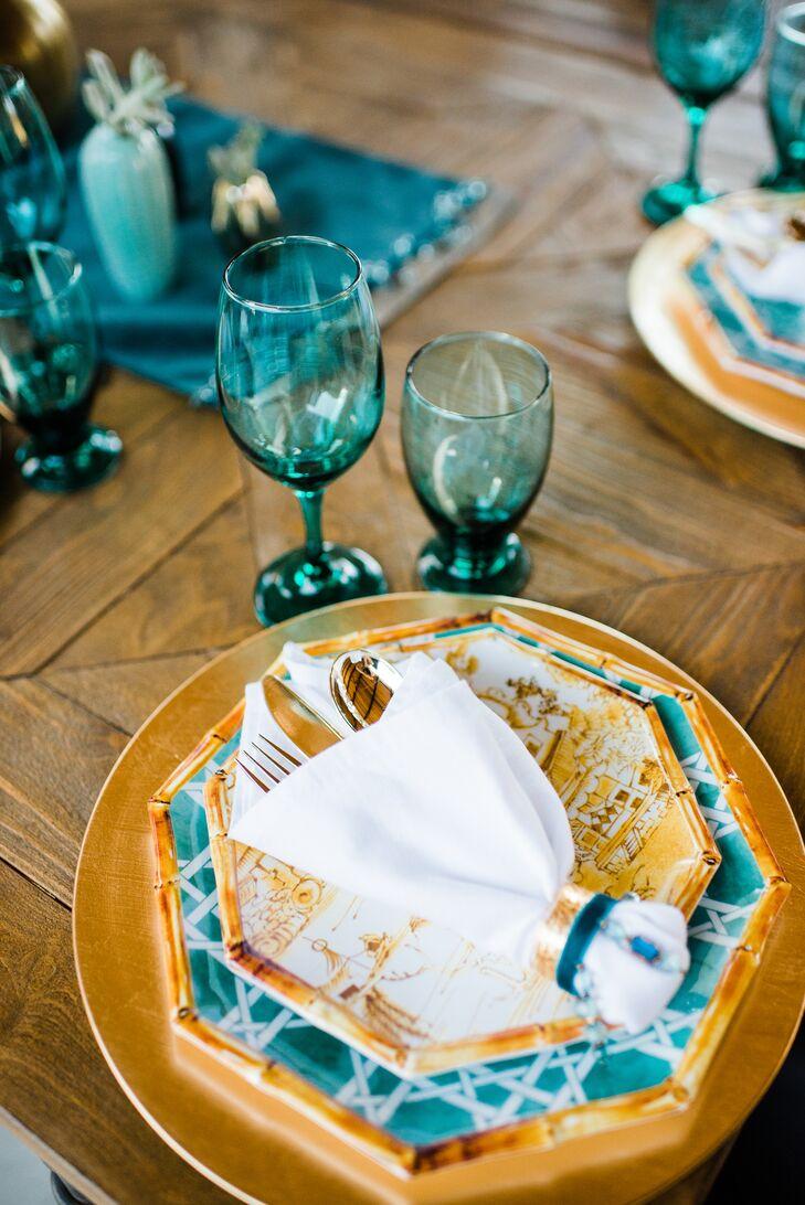 Octagonal Bamboo Motif Dinnerware