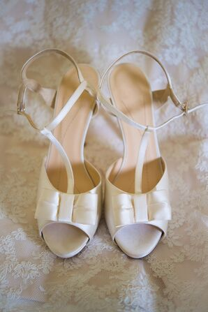 Simple Ivory Kate Spade Bow Wedding Shoes