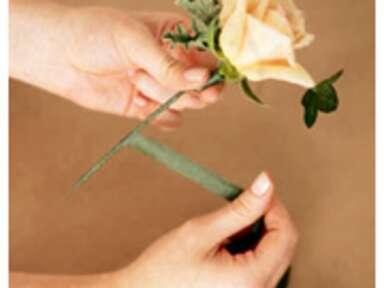 How to Make a Boutonniere: A Complete Guide