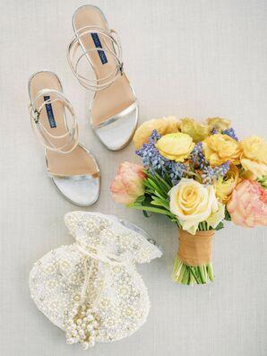 Bridal Bouquet and Accessories for Wedding in Coachella, California