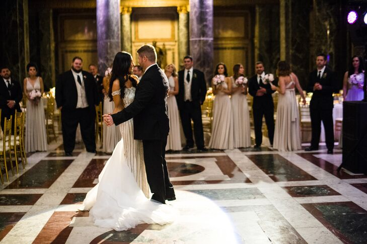 Luxurious First Dance Setting at Carnegie Museum of Art