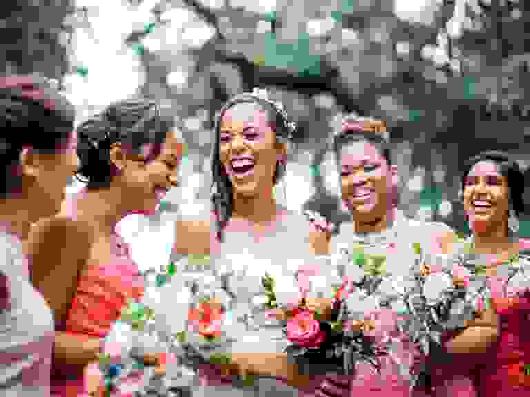 Brides with bridesmaids wearing mismatched accessories