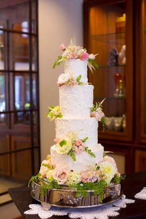 Enchanted Round Buttercream Cake With Fresh Flowers