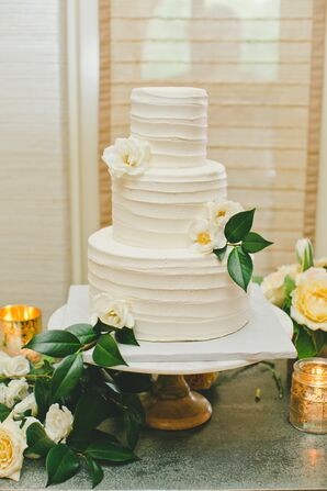 Citrus-Inspired Wedding Cake Decor