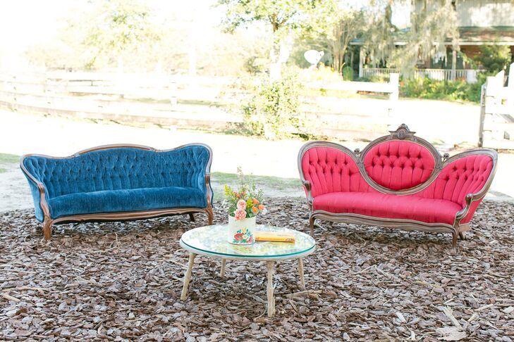 Nothing says patriotic like red, white and blue, and lounge furniture pulled it off beautifully. Katie and Austin chose multiple vintage pieces from RW Events and lined Isola Farms in Groveland, Florida, with luxe lounge furniture. (At one point, it also became the backdrop for their groomsmen photo.)
