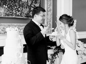 Traditional Wedding Cake Cutting