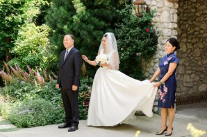 Chinese Bride's First Look with Parents