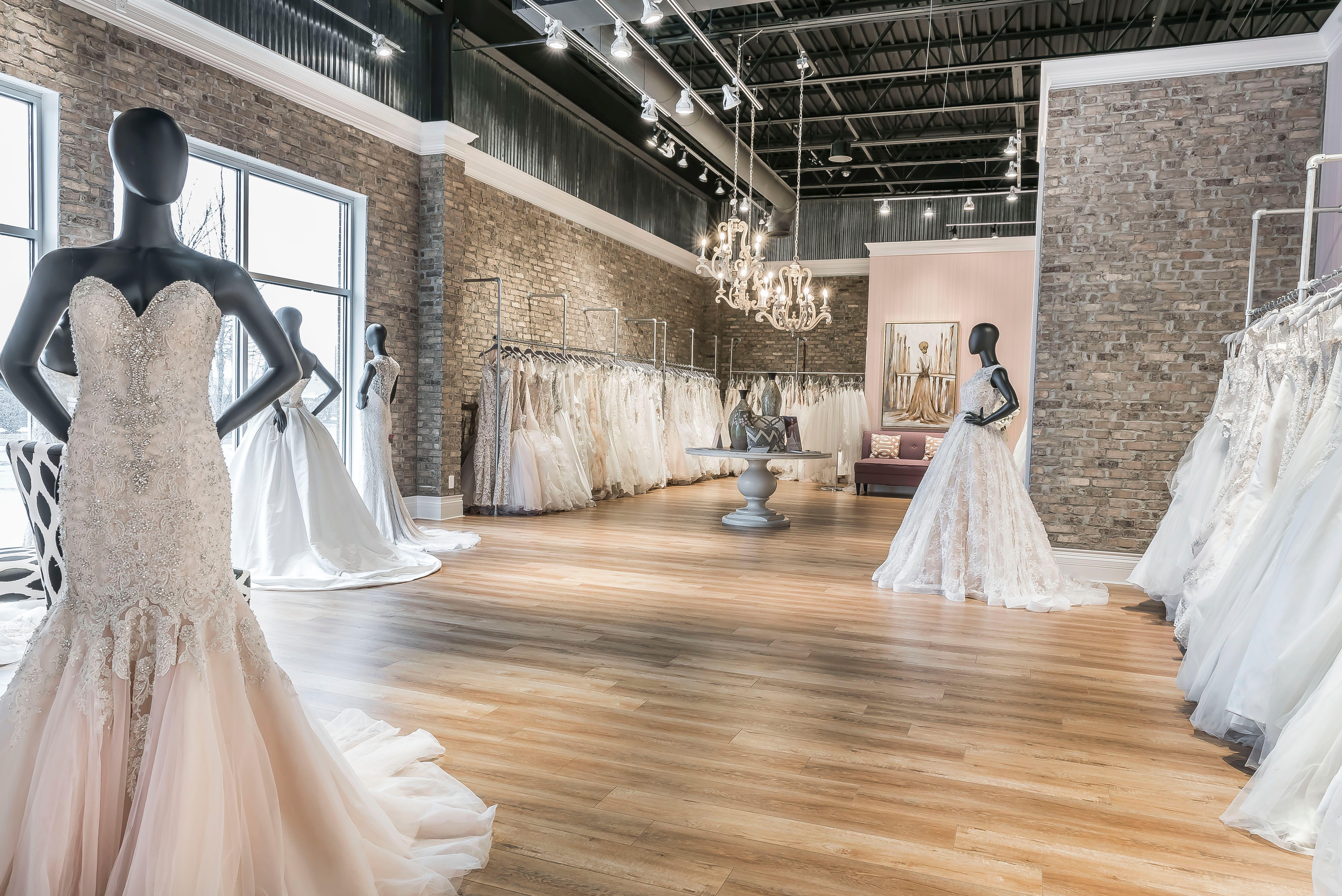 Henri's Cloud Nine   Bridal Salons   The Knot