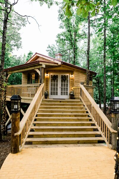 The Cabin at the Lodge LLC