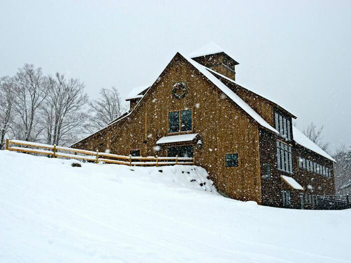 Winter wedding venue in Chittenden, Vermont.