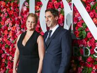 amy schumer and husband chris fischer