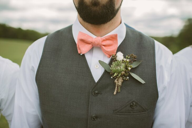 The boutonniere was a lovely mix of cotton bolls and succulents.