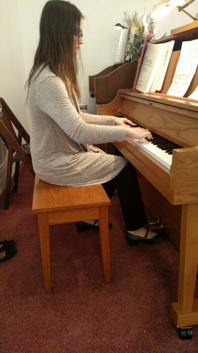 Holly Lightner, Pianist and Organist